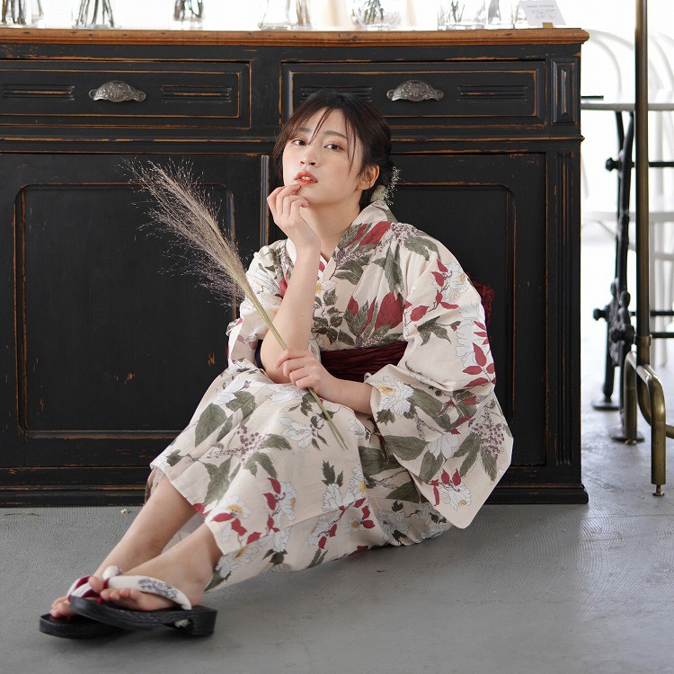 2021 utatane【新作浴衣】5010154611(写真1)